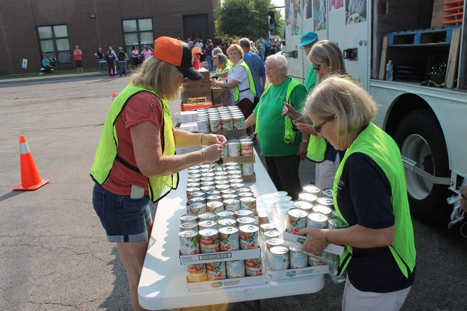 Mobile Pantry Volunteer